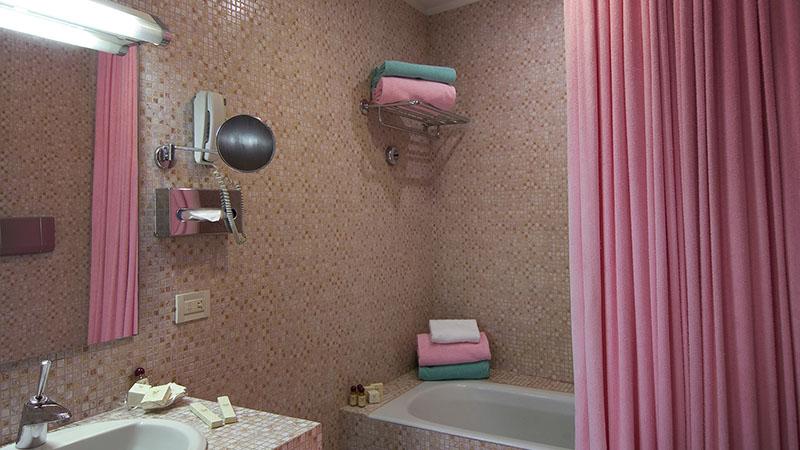 Vasca da bagno Hotel Columbia