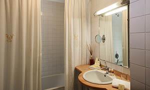 Bagno con vasca Hotel a Roma
