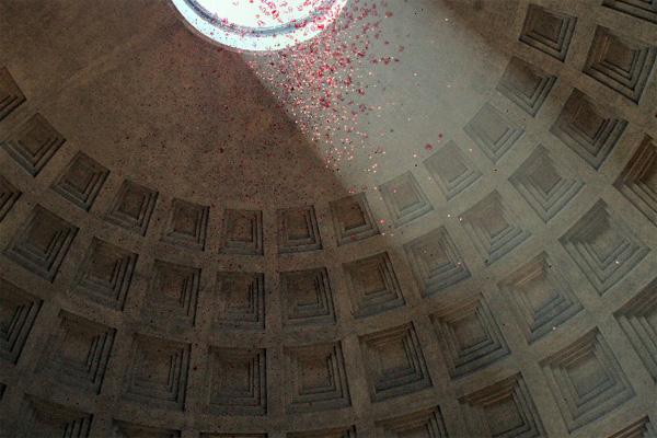 pantheon-rose-petals